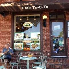 Photo taken at Cafe Tu-O-Tu by Dora E. on 5/26/2013