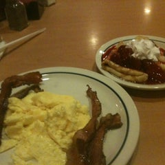 Photo taken at IHOP by Mark D. on 11/8/2012