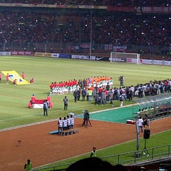 Photo taken at Stadion Utama Gelora Bung Karno (GBK) by Dytha D. on 6/7/2013