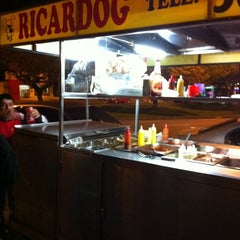 Photo taken at Ricardog by Olavo T. on 8/26/2011