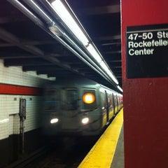 Photo taken at MTA Subway - 47th-50th St/Rockefeller Center (B/D/F/M) by Randall G. on 6/18/2013