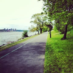 Photo taken at Riverside Park by Cindy T. on 5/14/2013