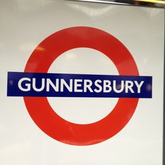 Photo taken at Gunnersbury London Underground and London Overground Station by Namer M. on 2/11/2013