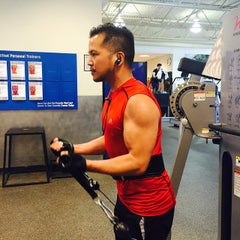 Photo taken at 24 Hour Fitness by Major J. on 4/30/2015