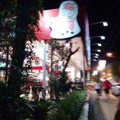 Photo taken at Xis do Vini by Douglas C. on 1/11/2015