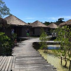 Photo taken at The Blue Sky Resort Koh Payam (เดอะบลูสกายรีสอร์ท เกาะพยาม) by Lawal M. on 8/14/2015