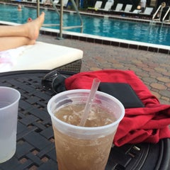 Photo taken at Maingate Lakeside Resort by Fernando C. on 9/21/2015