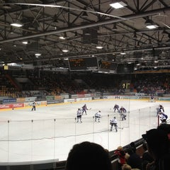 Photo taken at Olympia-Eisstadion by Kai M. on 10/21/2012