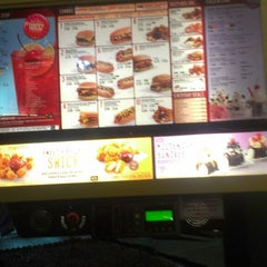 Photo taken at SONIC Drive In by Orlando W. on 3/19/2013