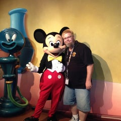 Photo taken at Mickey's House and Meet Mickey by Michael B. on 11/1/2012