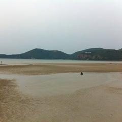 Photo taken at หาดเตยงาม (Teay Ngam Beach) by Prachaporn P. on 3/4/2013