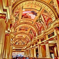 Photo taken at Venetian Resort & Casino by Scott (すこっと) J. on 10/3/2013