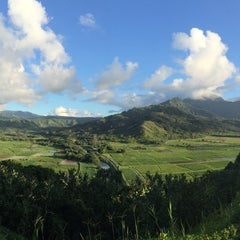 Photo taken at Hanalei Valley Lookout by Ryan T. on 7/26/2015