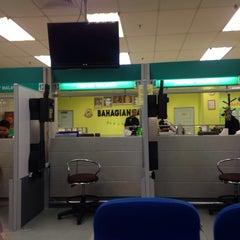 Photo taken at Jabatan Imigresen Malaysia - Melaka by Syaffiq I. on 5/19/2014