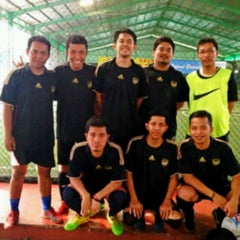 Photo taken at Grand Futsal Kuningan by Wisnu G. on 5/24/2013