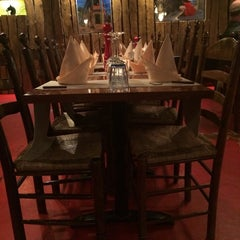 Photo taken at Restaurant Los Argentinos by Николай С. on 8/13/2014