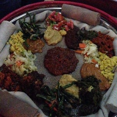 Photo taken at Yod Abyssinia Cultural Restaurant by Isabel B. on 11/15/2014