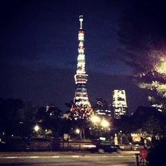 Photo taken at 芝公園駅 (Shibakōen Sta.) (I05) by Toru T. on 7/29/2013