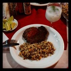 Photo taken at Restaurante Stambul by Vitor F. on 1/16/2013