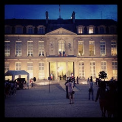 Photo taken at Palais de l'Élysée by Romain P. on 9/16/2012