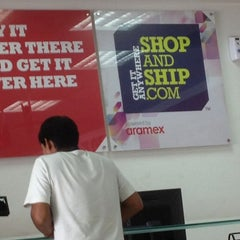 Photo taken at Aramex | ارامكس by Marodzi B. on 7/7/2013