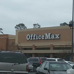 Photo taken at OfficeMax by Wendy B. on 12/13/2012