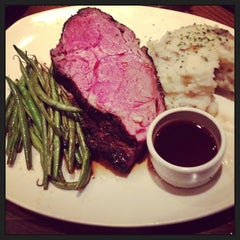 Photo taken at Outback Steakhouse by Cary S. on 12/29/2012