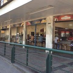 Photo taken at Pizzaria e Pastelaria Lux by Thiago R. on 12/8/2012