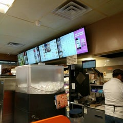 Photo taken at Dunkin' Donuts by Sumbul A. on 4/21/2016