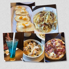 Photo taken at Pizza Hut by Julia T. on 9/20/2015