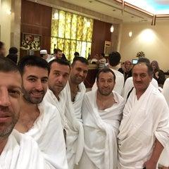 Photo taken at Mövenpick Hotel & Residences Hajar Tower Makkah by Şakir D. on 7/3/2015