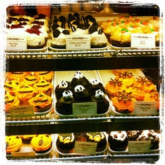 Photo taken at Crumbs Bake Shop by Tiger W. on 10/23/2012