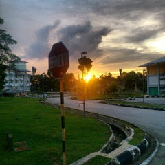 Photo taken at Universiti Teknologi MARA (UiTM) by nazirul mubin m. on 12/17/2012