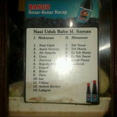 Photo taken at Nasi Uduk Babe H. Saman by Hariyanto on 11/11/2012