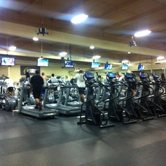 Photo taken at 24 Hour Fitness by Nasara G. on 8/28/2013