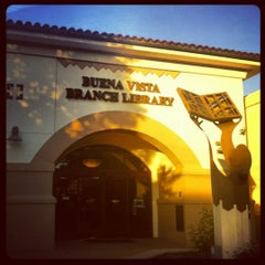 Photo taken at Burbank Public Library - Buena Vista by Johnny M. H. on 11/21/2012