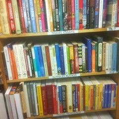 Photo taken at Half Price Books by Joseph E. on 10/28/2012