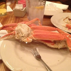 Photo taken at Captain George's Seafood Restaurant by Corey P. on 1/11/2013