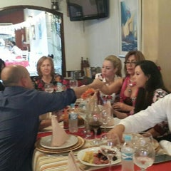 Photo taken at Restaurant Real by Marquito P. on 5/15/2015
