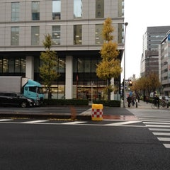 Photo taken at セブンイレブン 新横浜3丁目店 by Masayoshi M. on 12/3/2012