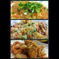 Photo taken at Dimsum Diner by Jpoi C. on 12/16/2013