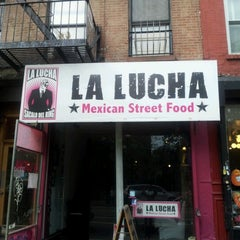 Photo taken at La Lucha - Tacos & Boutique by Edgar L. on 10/6/2012