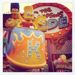 Photo taken at The Simpsons Ride by walterox on 11/28/2012