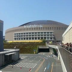 Photo taken at 福岡ヤフオク!ドーム (Fukuoka Yafuoku! Dome) by しげき on 4/13/2013