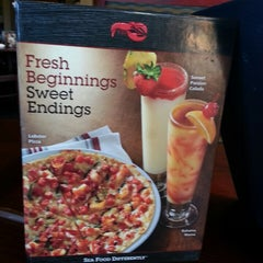 Photo taken at Red Lobster by Clyde N. on 9/28/2013