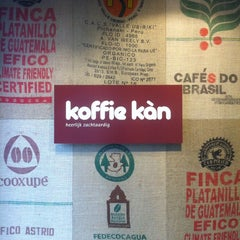 Photo taken at Koffie Kàn by Ben V. on 6/4/2014