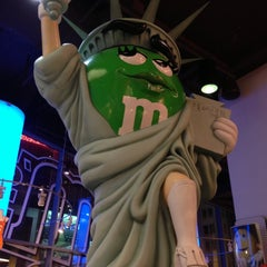Photo taken at M&M's World by John L. on 4/23/2013