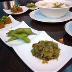 Photo taken at 寶島晶華 Taiwanese Cusine And Snacks by Stacy S. on 5/26/2013