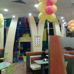 Photo taken at Mcdonald's by Andrés R. on 10/10/2012