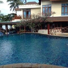 Photo taken at Mac Resort by Vivian V. on 10/23/2013